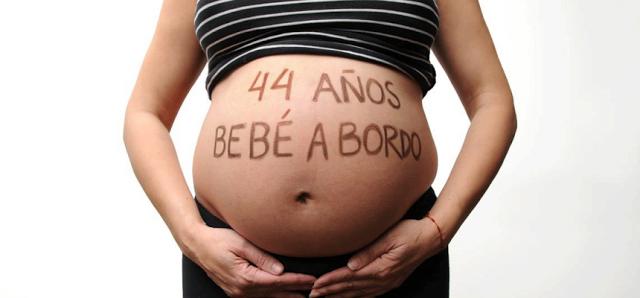 La imagen tiene un atributo ALT vacío; su nombre de archivo es maternidad-tardia-1.png